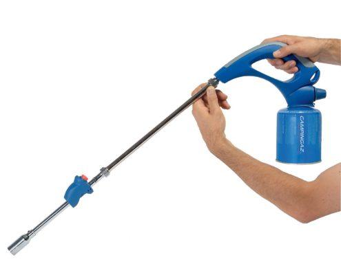 Le desherbeur thermique gaz Garden Torch CV est aisé d'utilisation et peut être utilisé avec une seule main